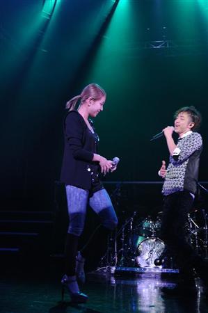 [Not] BoA asisté al Live Tour de Daichi Miura  20101205_daichi511