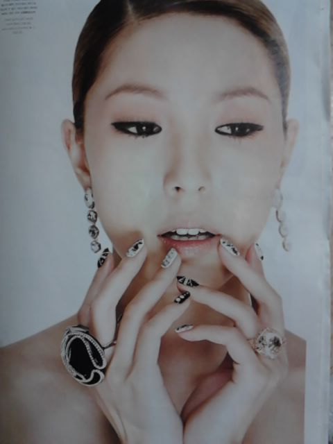 [Scans] BoA en la revista High Cut Vol. 42  8b81800a4a65c072b0351d6e