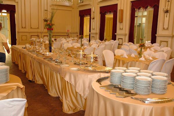 Salão Arrumado para Jantar