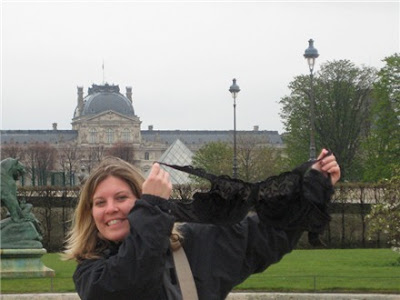 Olga the Traveling Bra visits The Louvre