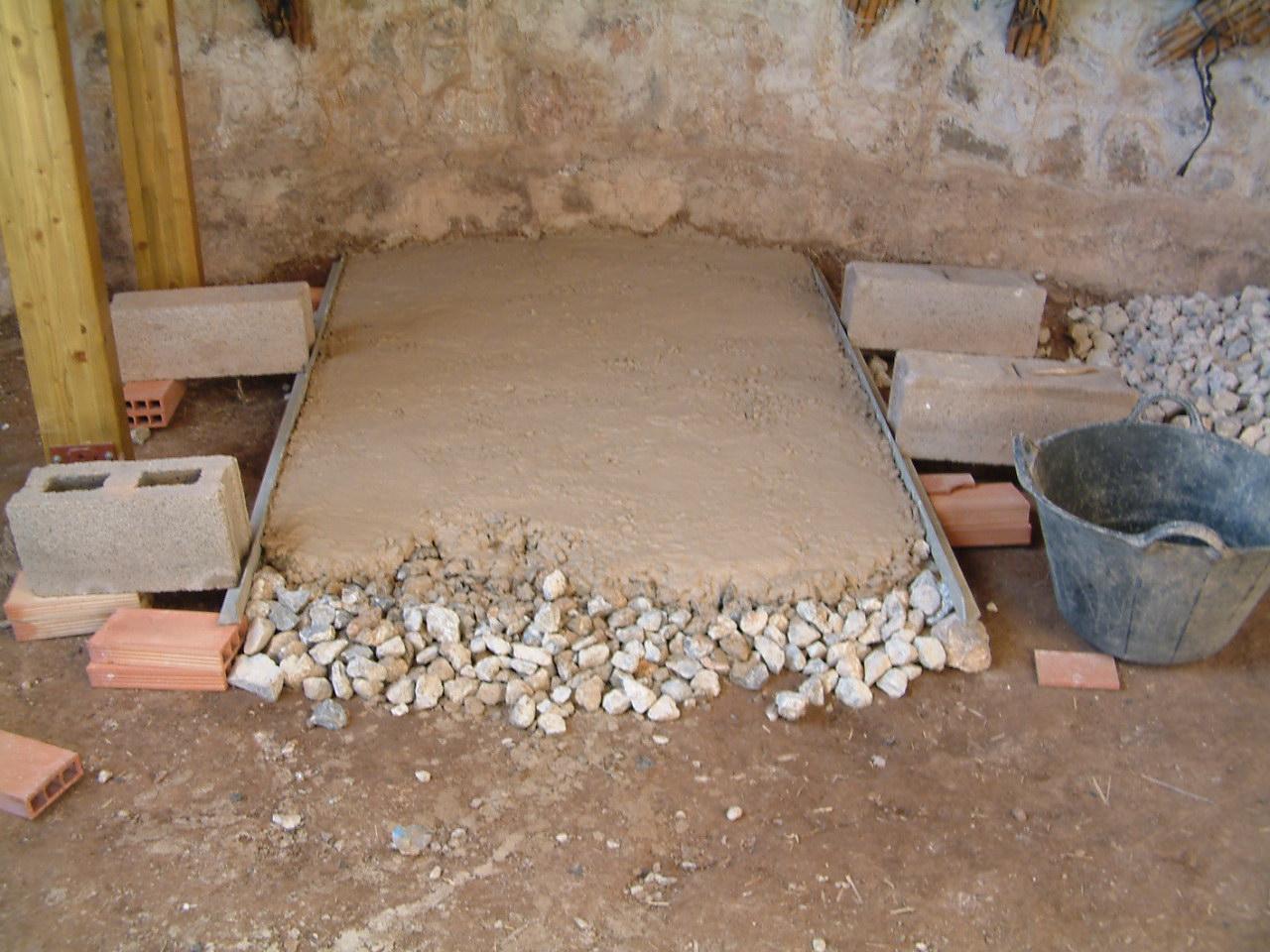 Como aislar un suelo de tierra transportes de paneles de for Como aislar el techo de un piso