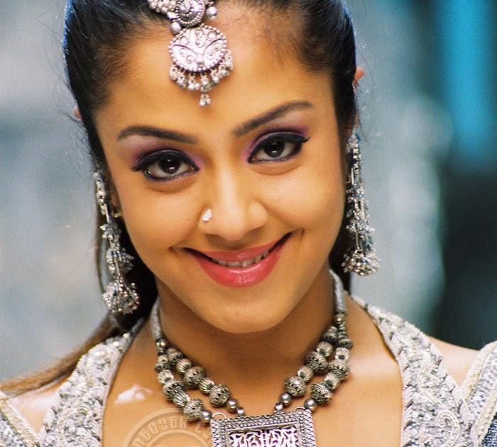 Jyothika Actress Gallery, Jyothika Tamil Actress Stills, Jyothika Spicy Gallery, Jyothika Hot