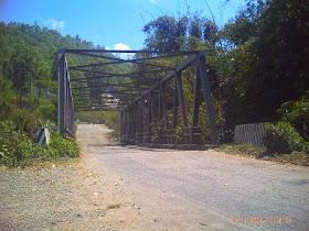 Jembatan Naru di Bajawa