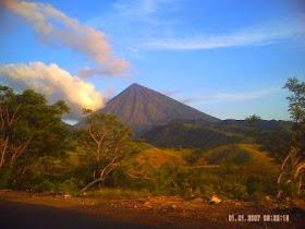 Gunung Inerie Nan Elok