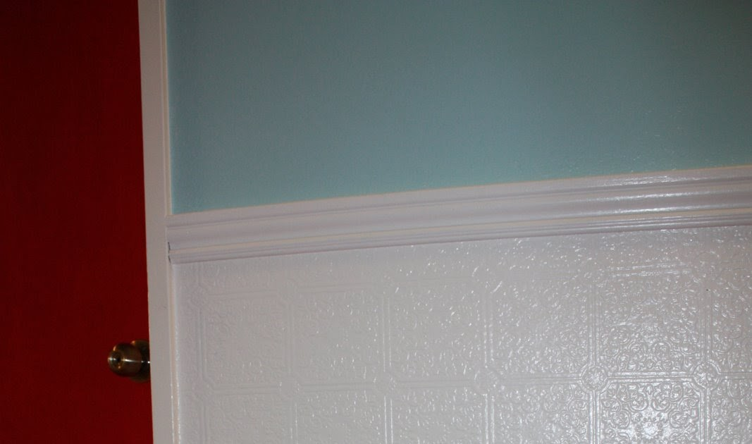 Crafters Guru Faux Wainscoting