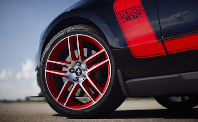 2012 Ford Mustang Boss  302  Laguna Seca wheel view