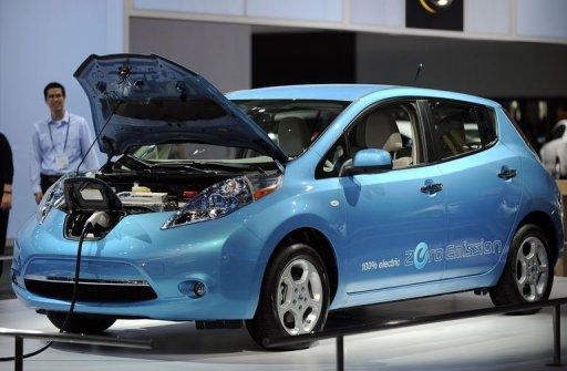 2011 Nissan shows electric car worldwide