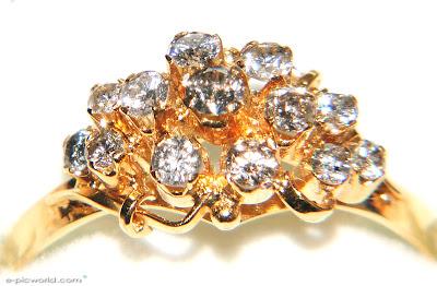 A diamond ring wallpaper