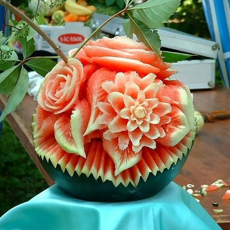 Amazing watermelon art carving picture