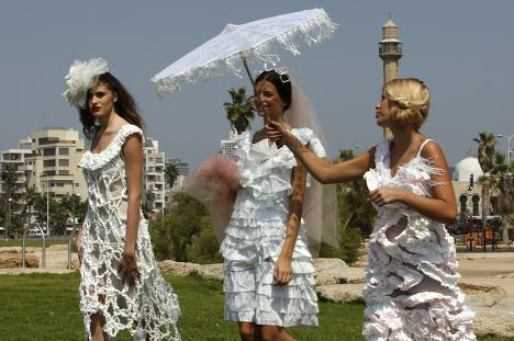 toilet paper wedding dresses photo