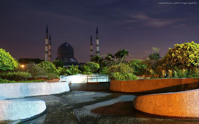 Masjid Shah Alam