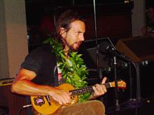 eddie vedder ukulele