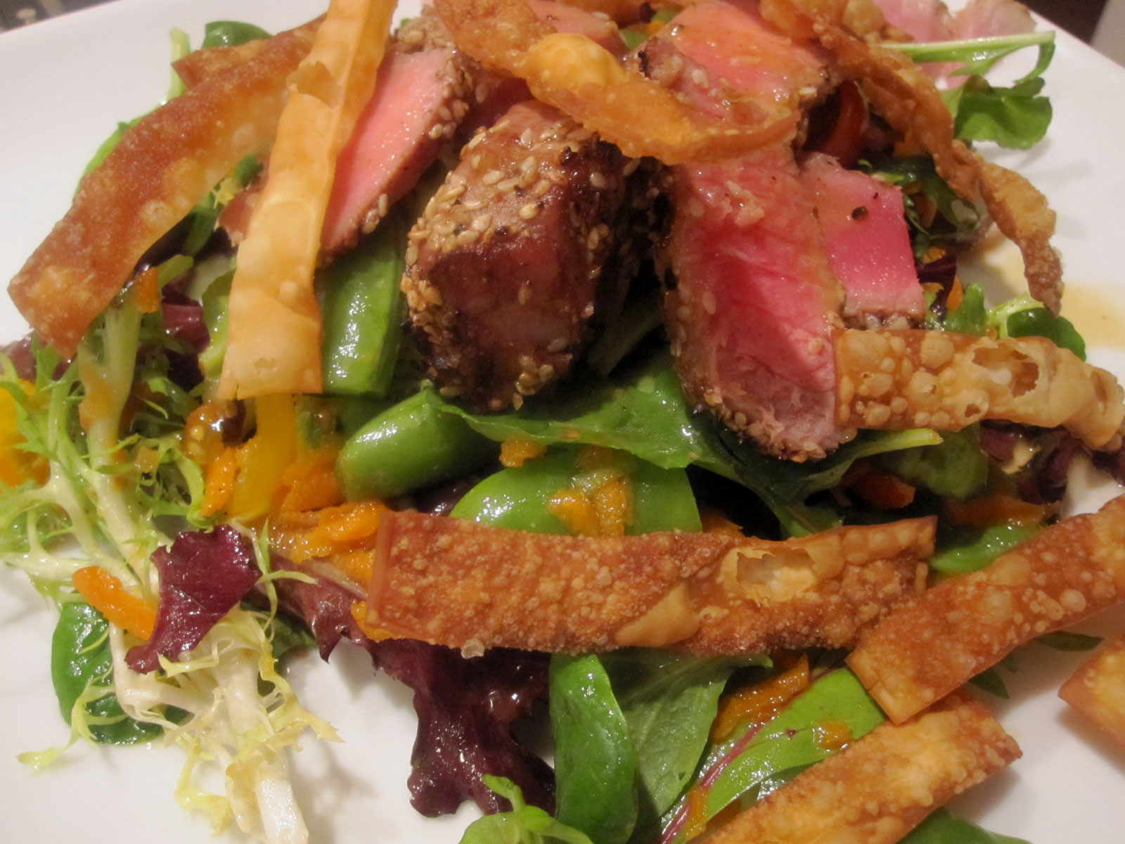 What Whit Ate: Saturday Dinner - Seared Ahi Tuna Salad and ...