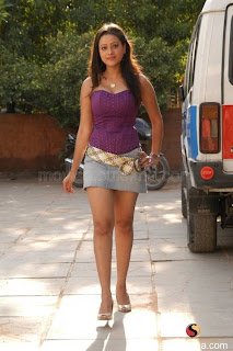 madalasa-sharma-new-gallery17