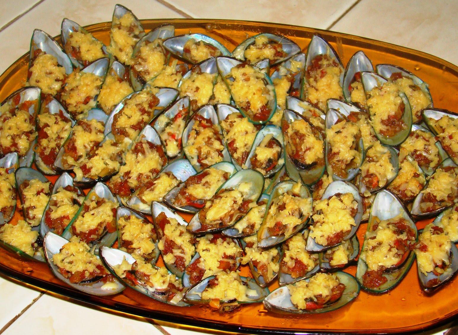 Запеченные мидии с сыром пошагово в
