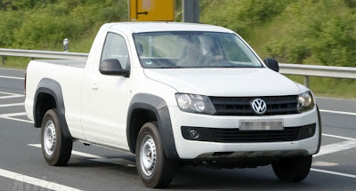 2011 Volkswagen Amarok Spy pictures and details