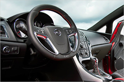 2011 Opel Astra GTC Paris interior design