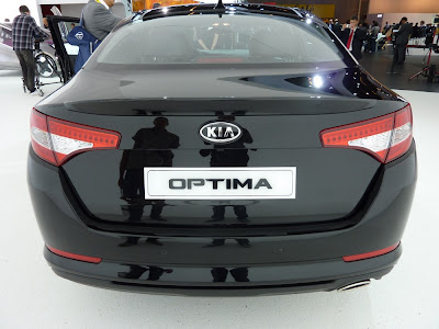 Paris Motor Show Live 2010 Kia Optima, better than a Peugeot 508?