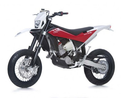 New 2011 Husqvarna SMR Supermotard 449/511