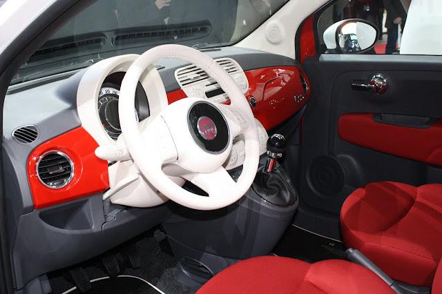 fiat 500 bicolore interior