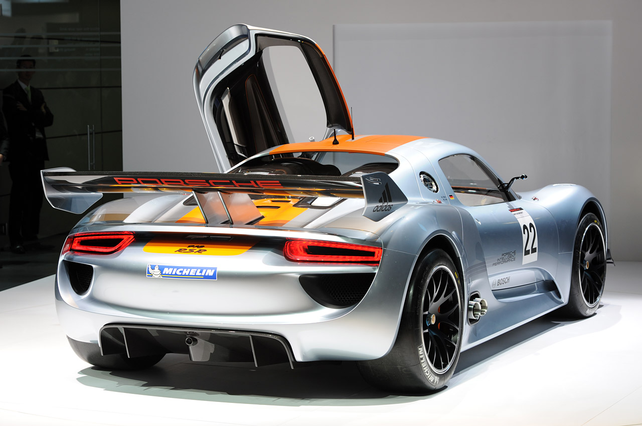 show 2011 porsche 918 rsr coupe after several years of absence porsche ...