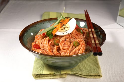 What's Up KOREA ?!: Korean Spicy Cold Noodles Recipe (Bibim Gooksu)