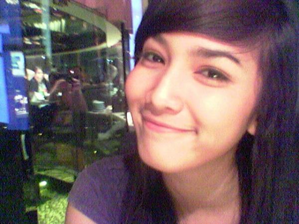 Profil dan Foto Seksi Aulia Sarah Yang Belum Anda Ketahui ...