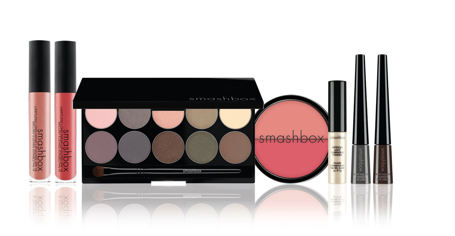 Smashbox In Bloom Collection Spring 2011: Artificial Light Luminizing Powder