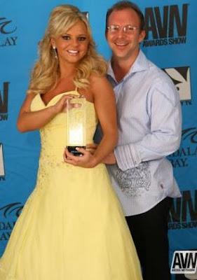 Bree Olson con premio