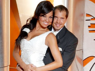 Adriana Zubiate junto a Gabriel Calvo