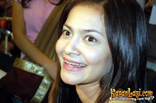Indonesian artist: Cut Tari ~ [ The Beauty Actress From Indonesian ] ~