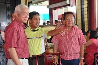 Congressman Dodong Mandana, Fr. Fernando Suarez, NSA Chavit Singson