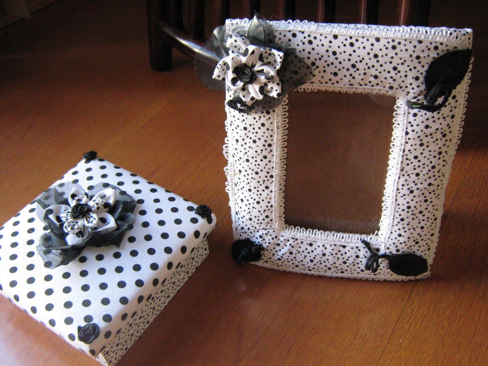 : porta retrato e caixa de madeira com revestimento de tecido #734127 1600x1200