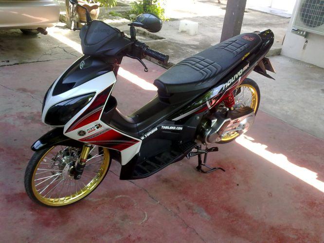 Racing Look Yamaha Nouvo Z   Modifikasi Motorz
