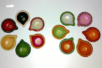 colorful diyas pictures for deepawali
