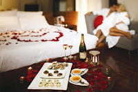 Romantic Valentines Day Hotel Room Decoration