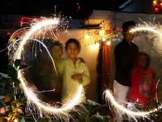 children enjoying crackers on diwali