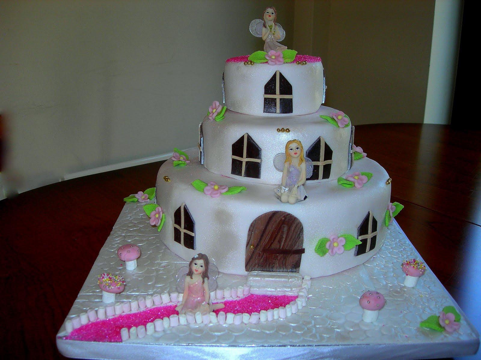 Cake With House Design : Custom Cake Design: The Fairy House