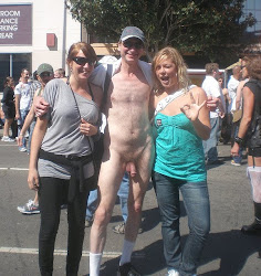 Exhibitionist Brucie,CFNM, flasher,Folsom Street Fair