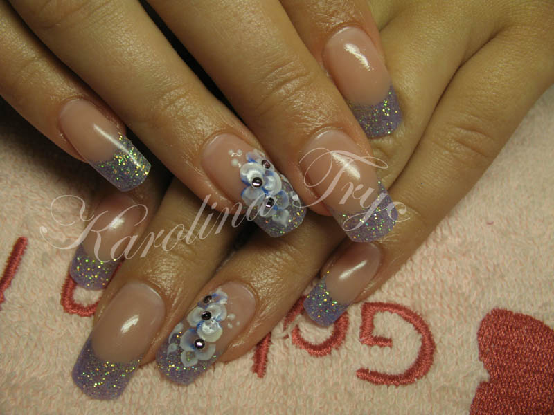 Uv Gel Nail Polish On Natural Nails - To Bend Light