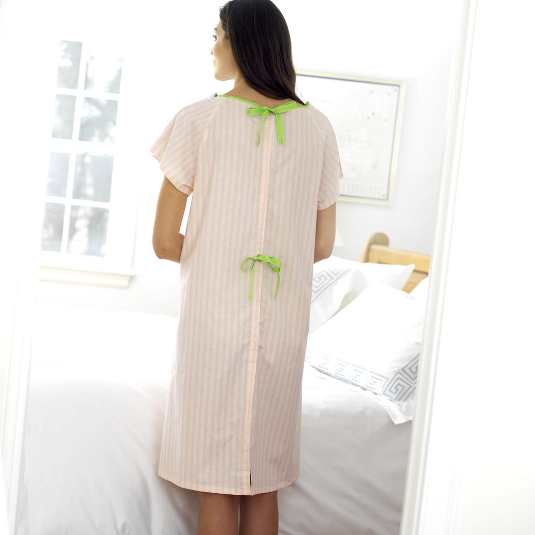 HOSPITAL GOWNS FOR PREGNANT WOMEN   Wedding Dresses