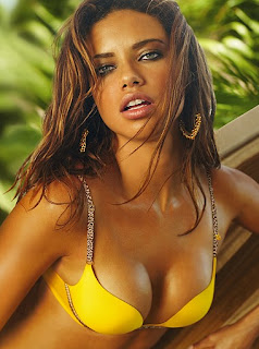 Adriana Lima sexy pictures