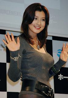japanese girl noriko fujiwara with her pretty style