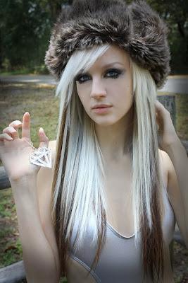 hair girl scene silver