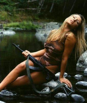 guns and women pose
