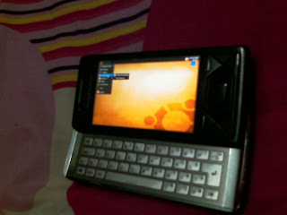 OS Ubuntu combined with the Sony Ericsson Xperia X1