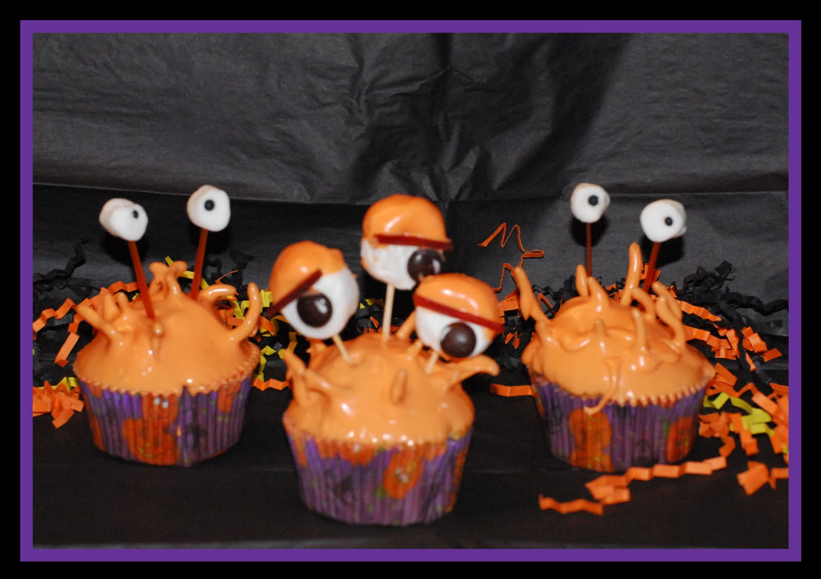 ... cupcakes to learn how to make these creepy cupcakes watch these you
