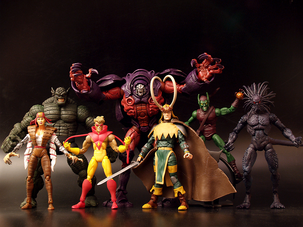 [Marvel_Legends_13_onslaught.jpg]