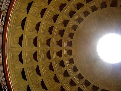 external image 48+-+Interior+del+Pante%C3%B3n+de+Agripa+2.jpg