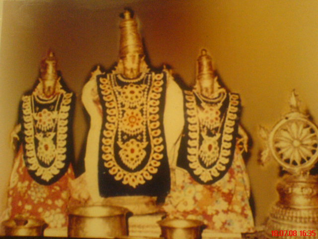 Urchavar idols of Perumal Temple